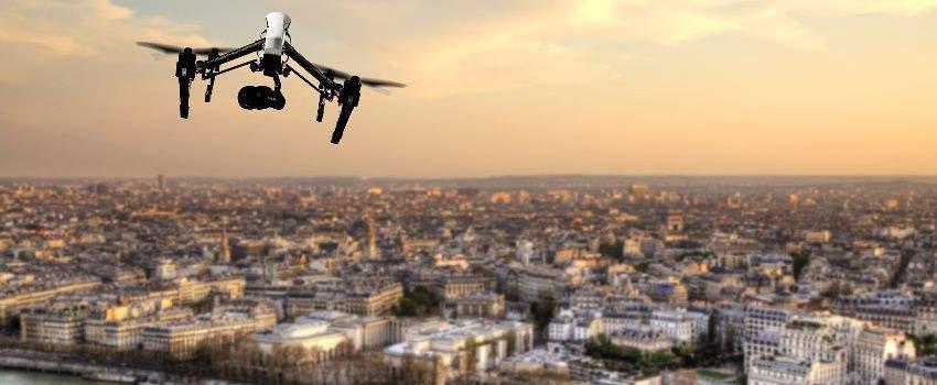 buzz-de-lannee-amazon-vous-livre-en-drone-post