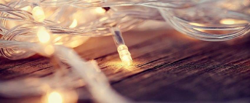 gezelligheid-troef-papieren-slingers-lichtslingers-post