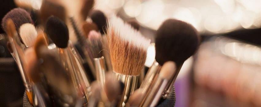 penselen-geslaagde-make-up-post