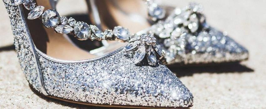 porter-chaussures-a-paillettes-post