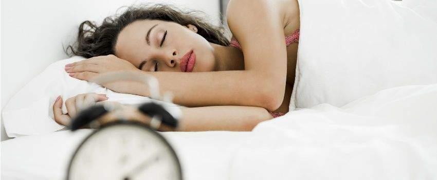 pyjama-femme-faire-le-bon-choix-pour-bien-dormir-post