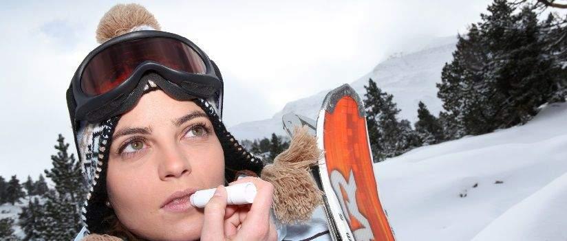 trousse-de-toilette-au-ski-post